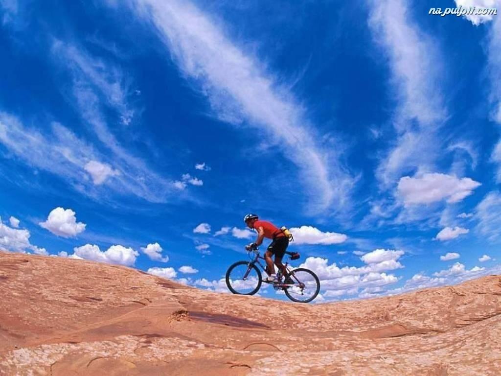 niebo, kierownica, koło , Rower, kask